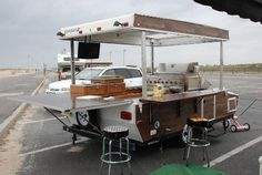 DIY pop up trailer into a farmers market vendor stand? Original picture of a DIY pop-up camper transformation into a tailgating trailer. BBQ pit, bar and place to eat in one spot. Pop Up Trailer, Food Trailer, Smoker Trailer, Open Trailer, Food Trucks, Bar Mobile, Camping Vintage, Vintage Campers, Popup Camper