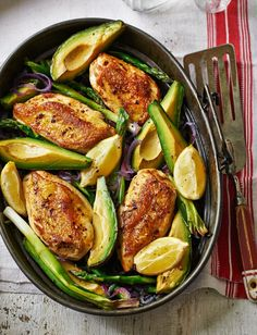 Oven-Roasted-Chicken-Avocado-Asparagus