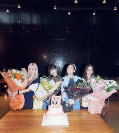 Yg Entertainment, Fandom, Taekook, Lady Gaga, Blackpink Twitter, 4 Year Anniversary, Black Pink Kpop, Blackpink Members, Blackpink Photos