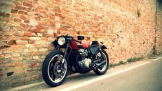 Step 2 CB 650 by Franz Garage