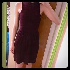 """NWT American Eagle mock neck sleeveless dress Burgundy dress with beautiful knit details. Slight mock neck and racerback. 100% cotton with 100% cotton lining. Bust: 14"""" (but can stretch), length: 38"""". Perfect condition, new with tags! American Eagle Outfitters Dresses Midi"""