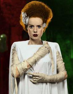 Hannah - DIY Bride of Frankenstein Halloween Costume Idea Bride Of Frankenstein Halloween Costume, The Frankenstein, Bride Of Frankenstein Makeup, Maquillaje Halloween, Halloween Makeup, Halloween Costumes, Halloween 2019, Fall Halloween, Halloween Party