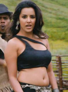 Sexy actress navel