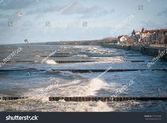 Tidal bore on the coast of the Baltic Sea. Zelenogradsk (Kranz) - city, november 2017, Kaliningrad region, Russia
