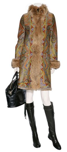 I would totally rock this. Even if my family would refuse to be seen in public with me. Bohemian Style, Boho Chic, Gypsy Chic, Bohemian Design, Boho Hippie, Boho Fashion, Luxury Fashion, Winter Fashion, Fashion Design