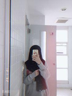 Stylish Hijab, Casual Hijab Outfit, Hijab Chic, Niqab Fashion, Modern Hijab Fashion, Muslim Fashion, Hijabi Girl, Girl Hijab, Cute Girl Photo