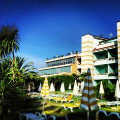 #resort #loano2village #beautifulday #goodday #sunny #apartment #tree #italy #rivieraligure