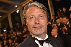 "Mads Mikkelsen Photos - Danish actor and member of the Jury Mads Mikkelsen poses as he arrives on May 20, 2016 for the screening of the film ""The Neon Demon"" at the 69th Cannes Film Festival in Cannes, southern France.  / AFP / LOIC VENANCE - 'The Neon Demon'- Red Carpet Arrivals - The 69th Annual Cannes Film Festival"