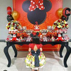sobre bonecas e seus dias mágicos! Minnie Y Mickey Mouse, Minnie Mouse Birthday Cakes, Baby Birthday, Birthday Parties, Ideas Para Fiestas, Party Printables, Holidays And Events, Disney, Mickey Party