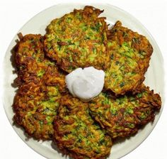 Swap out the flour in the recipe for blended dry oatmeal or ground flaxseed and use EVOO instead of veggie oil and u have a great clean eating recipe. Clean Eating Recipes, Healthy Eating, Cooking Recipes, Healthy Recipes, Zucchini Pancakes, Zucchini Fritters, Healthy Breakfast Choices, Flax Seed Recipes, Turkish Recipes