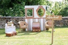 Photobooth vintage - Location d'objets de décoration vintage -scénographie et mise en place de décoration de mariage -Prestation Ma Sweet table -Montpellier-Herault