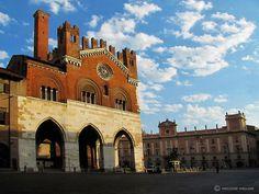 Piacenza, Piazza Cavalli: province of Piacenza, Emilia Romagna region Italy.