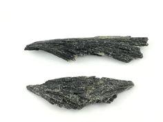 Natural Black Kyanite // Loose Crystals Lot by SacredGemstoneStore
