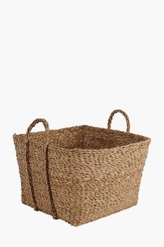 This palm leaf weave patio utility is a great storage solution for all those odds and ends. The unique shape and design will also add a modern touch to you