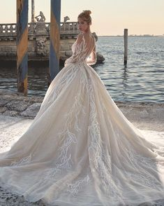 Courtesy Of Demetrios Wedding Dresses Platinum Collection Www Demetrios Com Courtesy Of Deme Demetrios Wedding Dress Wedding Dresses Stunning Wedding Dresses