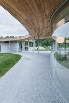 Grace Farms presented variable sceneries during different times when I visited there. Parametric Architecture, Canopy Architecture, Green Architecture, Japanese Architecture, Sustainable Architecture, Landscape Architecture, Architecture Design, Grace Farms, Big Deck