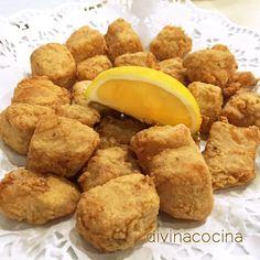 Para 4 personas: 1/2 kg de mero limpio y troceado, 2 limones, 4 dientes de ajo, perejil picado, sal, pimienta, aceite de oliva virgen extra para freír, harina