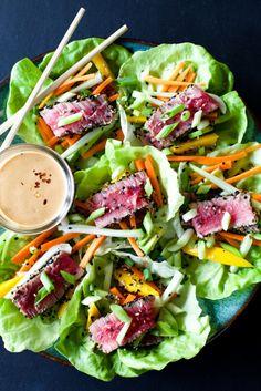 Tuna Wraps with Spicy Peanut Sauce Ahi tuna lettuce wraps with peanut dressing.Ahi tuna lettuce wraps with peanut dressing. Healthy Wraps, Healthy Snacks, Healthy Eating, Healthy Recipes, Breakfast Healthy, Keto Recipes, Dinner Recipes, Healthy Weight, Dinner Ideas