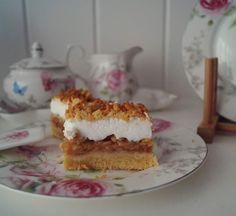 #szarlotka #applecake #apfelkuchen Tiramisu, Cooking, Ethnic Recipes, Food, Apple Pie Cake, Kitchen, Eten, Tiramisu Cake, Meals