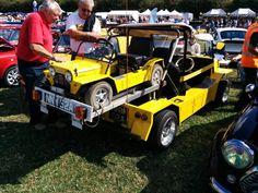 Moke and baby Moke Classic Mini, Classic Cars, Mini Countryman, Family Show, Mini S, Building Ideas, Flower Beds, Quad, Vintage Cars