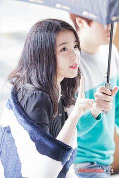 Ulzzang Makeup, Love U Forever, Korean Celebrities, Her Music, Korean Women, Debut Album, Korean Singer, Kpop Girls, Cute Girls