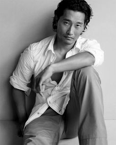 Not normally attracted to Asian men but Daniel Dae Kim is the one exception!
