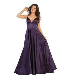This stunning floor length dress featuring a spaghetti strap with V-neckline and made of metallic linen material. Perfect for for formal, evening party or any special occasion. Plus Size Formal Dresses, Evening Gown, Party Dresses Formal Dress Shops, Plus Size Formal Dresses, Plus Size Prom, Formal Gowns, Dress Formal, Sara Fashion, Corset, Maxi Robes, A Line Gown