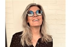 Deze te gekke bril vond ik op de website van Optiek Dominiek in Hoogstraten. Wat vind jij ervan? Mirrored Sunglasses, Sunglasses Women, Etnia Barcelona, Website, Fashion, Acetone, Moda, La Mode, Fasion