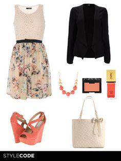 Desarrolla un look entorno a tu vestido más querido. Los estampados y los colores son lo importante. http://www.marie-claire.es/moda/consejos-moda/articulo/look-de-moda-romantic-chic-881374566761