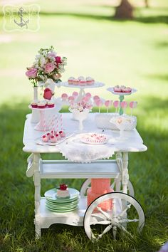 Strawberry Shortcake Themed Tea Party Fanciful Strawberry Shortcake Themed Tea Party by Minted and Vintage Rental and Sienna Rose Photography!Fanciful Strawberry Shortcake Themed Tea Party by Minted and Vintage Rental and Sienna Rose Photography! Girls Tea Party, Tea Party Birthday, Girl Birthday, Birthday Ideas, Princess Tea Party Food, Princess Birthday, Stage Patisserie, Deco Cupcake, Rose Cupcake