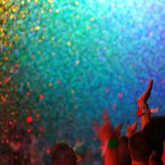 Colour-burst. Coldplay, August 2016