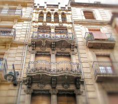 #Alcoy. Arquitectura modernista. Big Ben, Cases, Building, Travel, Balconies, Windows, Monuments, Fiestas, Architecture