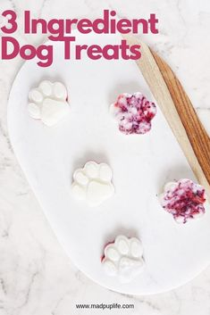 Dog Grooming Golden Retriever Easy DIY Dog Treats With Only 3 Ingredients.Dog Grooming Golden Retriever Easy DIY Dog Treats With Only 3 Ingredients Frozen Dog Treats, Diy Dog Treats, Homemade Dog Treats, Dog Treat Recipes, Dog Food Recipes, Doggie Treats, 3 Ingredient Dog Treats, Dog Ice Cream, Dog Grooming Shop