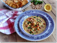 Hungarian Recipes, Hungarian Food, Cheeseburger Chowder, Food And Drink, Soup, Hungarian Cuisine, Soups