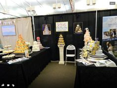 bridal+show+cake+booth | Icing on the Cake Booth, 2012 Bloomington Bridal Show | Cakes
