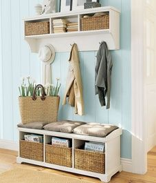 20+Front+Hall+Organization+and+Inspiration+Ideas
