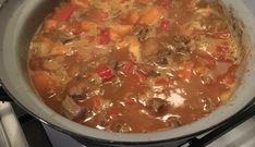 Ik hou van lekker eten en van koken. Ik experimenteer graag met koken en zodoende heeft 'mijn' goulash zich verder ontwikkeld. Heel belangrijk: je...