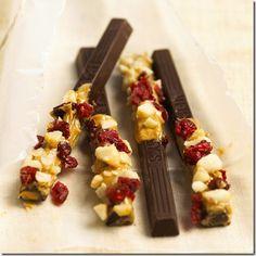 Sticks de Chocolate con Frutas y Nueces. Receta para Navidad