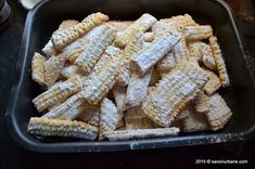 Homemade biscuits with lard or butter - very fried Baby Food Recipes, Cake Recipes, Homemade Biscuits, Fried Biscuits, Romanian Food, Spinach And Feta, Food Cakes, I Foods, Fries