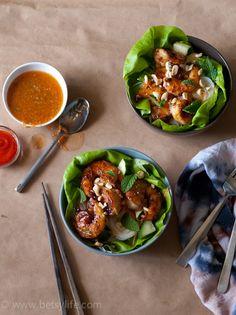 Lemongrass shrimp noodle salad bowls |Betsylife.com