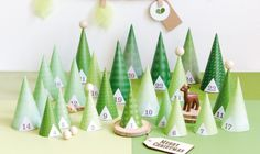 It's time to get in the Christmas mood! How about starting with these 10 amazing advent calendars? Holiday Mood, Christmas Mood, Xmas, Christmas Centerpieces, Christmas Decorations, Advent Calenders, Christmas Gift Wrapping, Christmas Inspiration, Christmas Projects