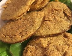 A Southern staple, Fried Green Tomatoes are a popular side in the Loveless Cafe, and we especially love using them on a BLT! Southern Appetizers, Southern Recipes, Southern Food, Pasta Side Dishes, Veggie Dishes, Vegetable Sides, Vegetable Recipes, Green Tomato Recipes, Florence Food