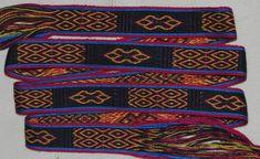 MODERNE MUSTER – Brettchenweben – Kunst und Handwerk Card Weaving, Tablet Weaving, Internet Tv, Friendship Bracelets, Modern Patterns, Arts And Crafts, Linen Fabric, Threading, English