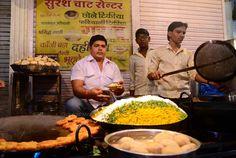 #Chaat at Sarafa Bazar, #Indore #Street #Food #India #ekPlate #ekplatechaat