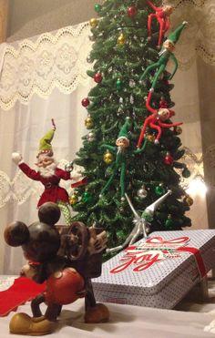 Elf on the Shelf Red carpet entrance