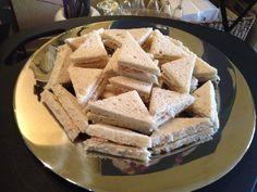 Agurk og lakse sandwich