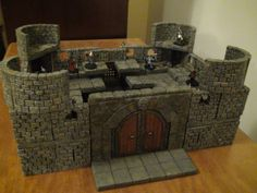 A Small Multi-Level Keep - Dwarven Forge