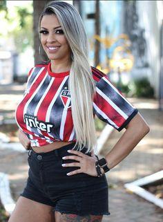 Football Girls, Football Fans, Psg, Ronaldo, Names Girl, Brazilian Girls, Attractive Girls, Hot Outfits, Soccer