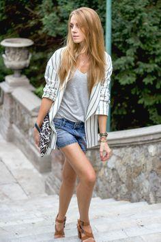 striped blazer, denim shorts, leopard print clutch, summer outfit