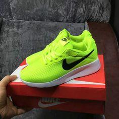 meet 67649 86747 Officiel Nike Tanjun Electric Green White blancMens Running Shoes EUR 36-44  Youth Big Boys Shoes